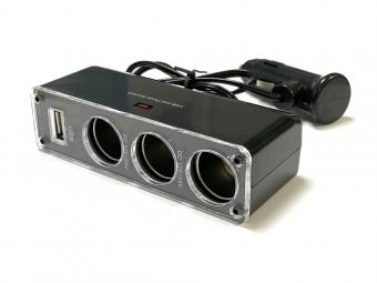 Autós szivargyújtó csatlakozó elosztó 4in1 USB csatlakozóval - telefontöltő